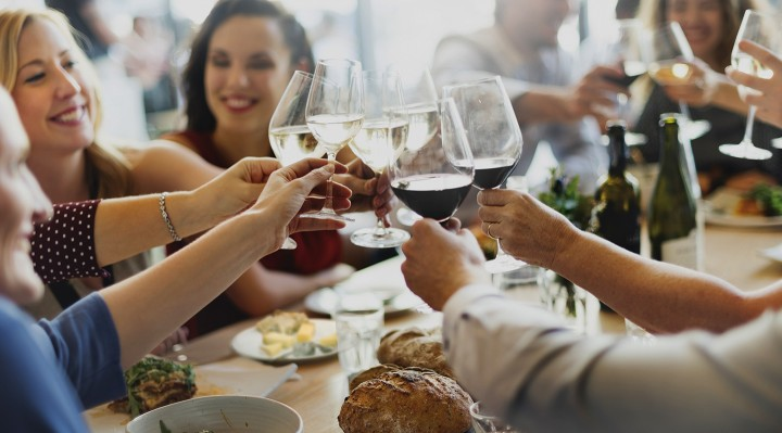Käse und Weinverkostung bei Ihnen vor Ort